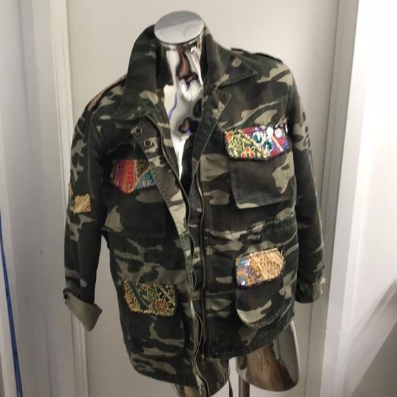 beautiful stories Jackets & Blazers - Camouflage jacket
